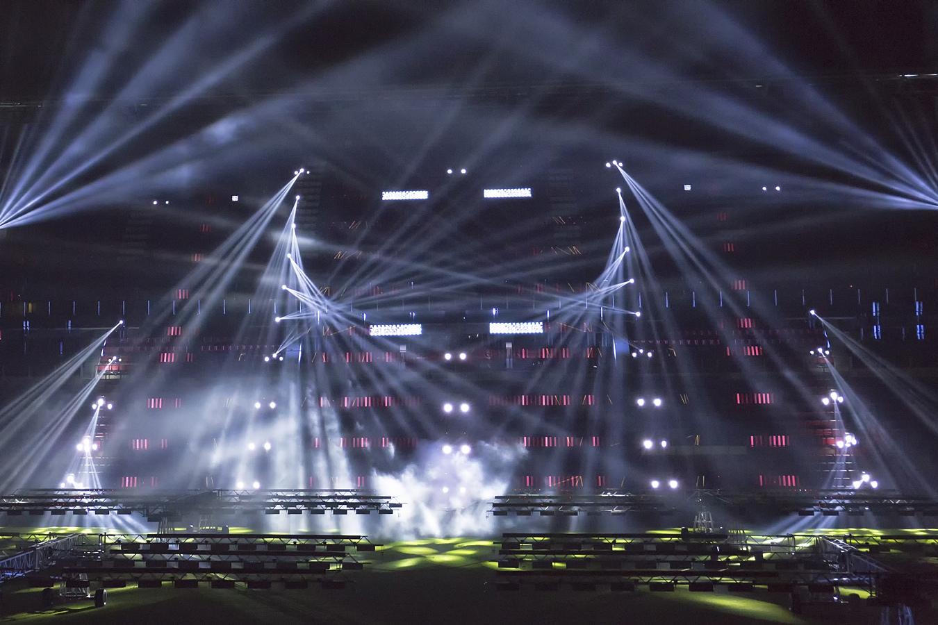 PSV stadion - lichtshow Noviter